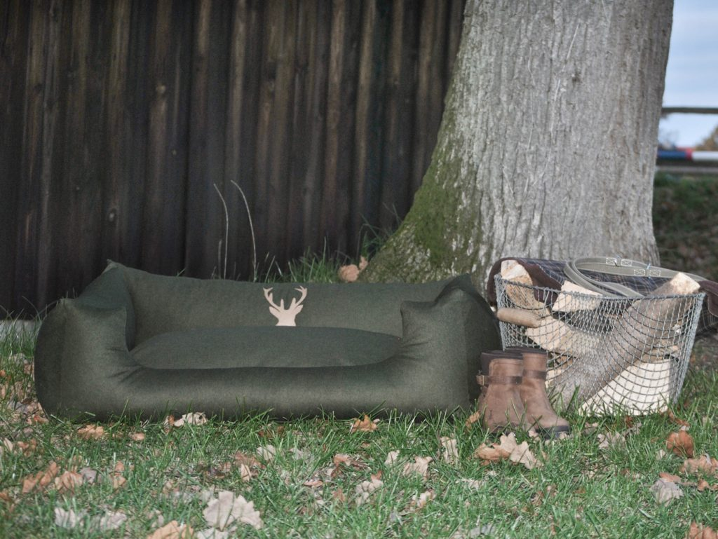 Hundebett Loden in grün
